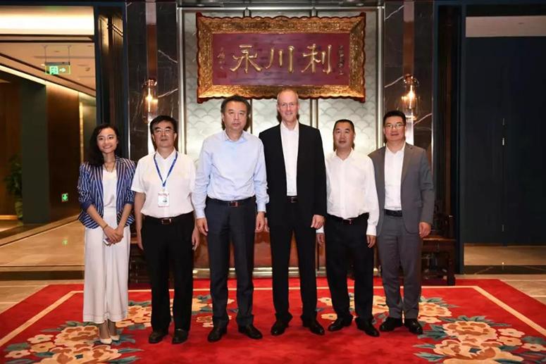 SAP大中华区总裁纪秉盟一行到访五粮液