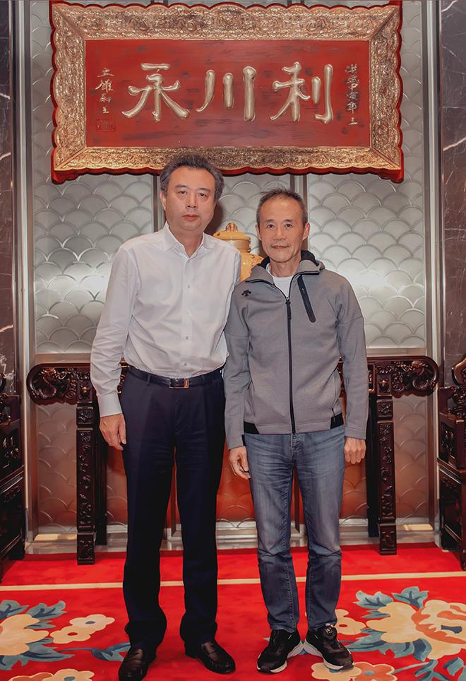万科集团荣誉主席王石到五粮液集团考察